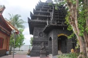 tempat peribatan Agama Budha